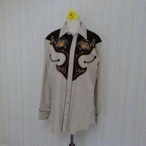 mens western embroidered shirt with pearl buttons